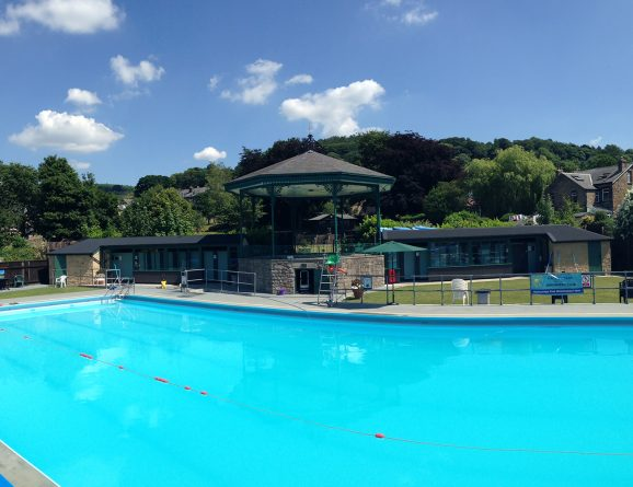 Uk winter lido list outdoor swimming society outdoor - Hathersage open air swimming pool ...