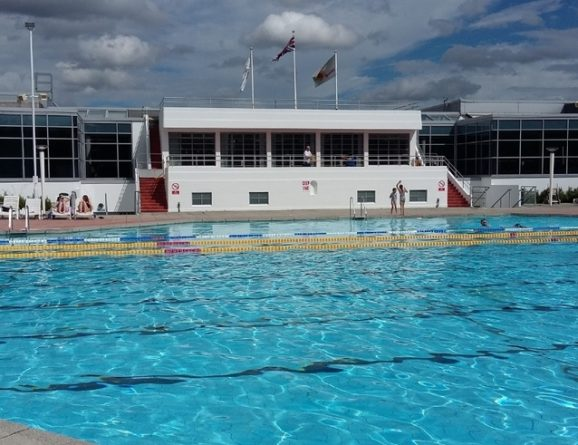 Uk winter lido list outdoor swimming society outdoor swimming society for Opening swimming pool after winter