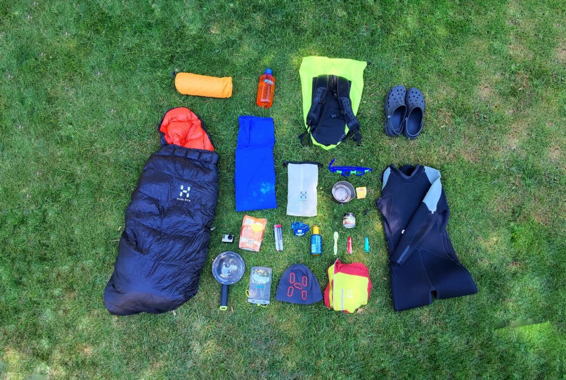 features-whats-in-kit-bag-alastair-humphries